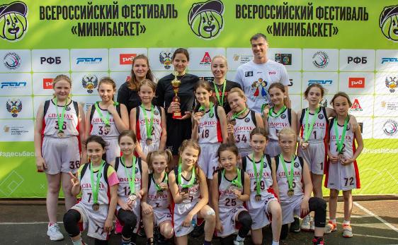 Девушки 2011-2012 - серебряные призеры